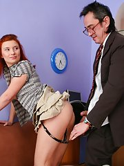 Old teacher pets Ambers pussy